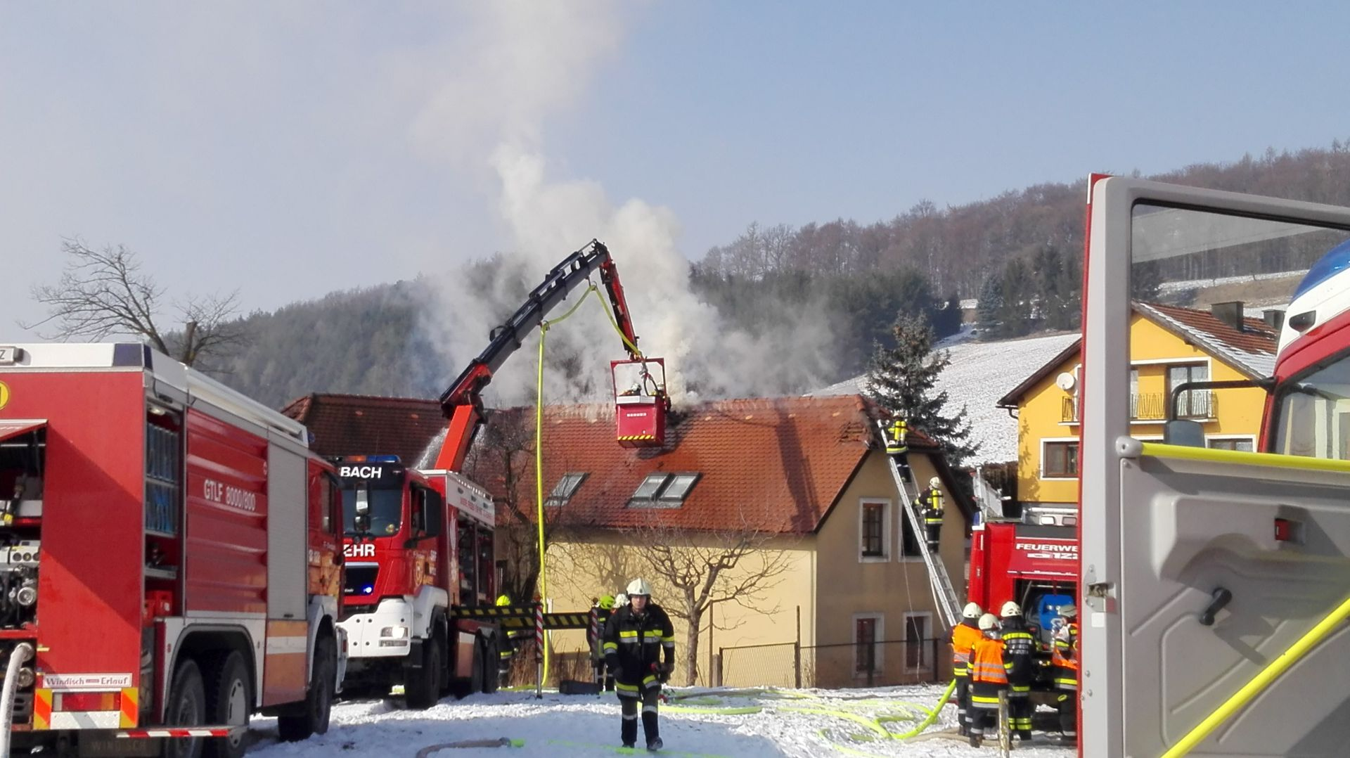 Wohnhausbrand in Fuchsberg (B3)
