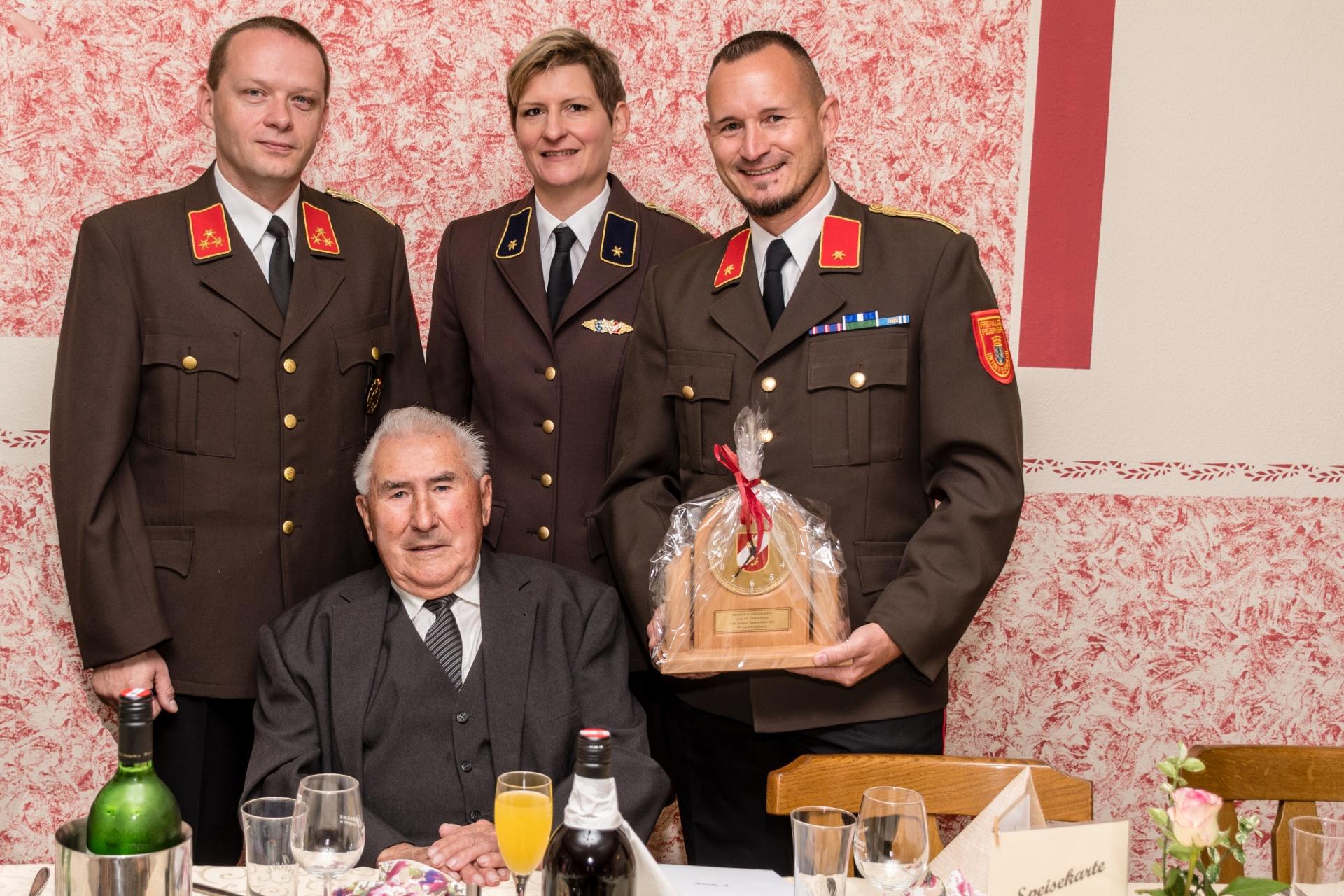 Alt-Kommandant Franz Steinberger feierte seinen 85er!